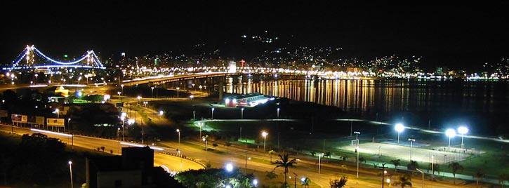 pousadas-em-florianopolis-ilha-de-santa-catarina-noite1
