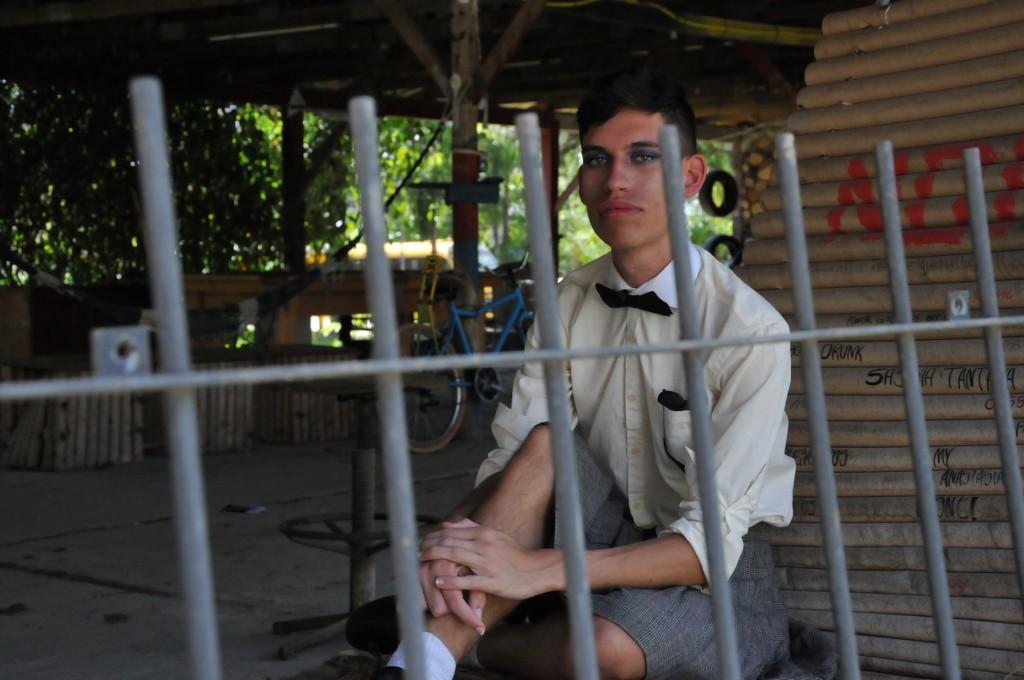 Hoje, Nicolas se sente mais confortável em usar saia, sobretudo no ambiente universitário. Foto: Maria Clara Flores