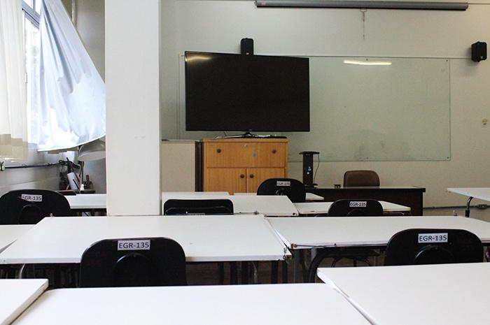 Volta às aulas na UFSC: veja como estão funcionando os auxílios oferecidos pela Reitoria aos estudantes durante o ensino remoto